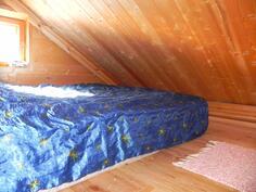 saunarakennuksen parvi