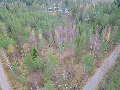 Määräala luoteiskulmasta, Malmgårdintie-Kaarnatien risteys - Norvästra hörnet av området