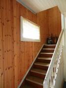 Eteisen portaat yläkertaan