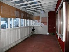 n. 30m2 veranta talon eteläseinustalla.