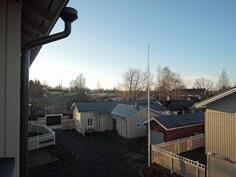 Näkymä parvekkeelta Vanhan Rauman kattojen yli