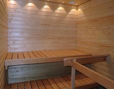 Sauna kuituvaloilla
