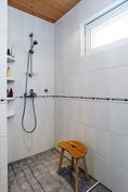 Pesuhuone remontoitu 2011-12
