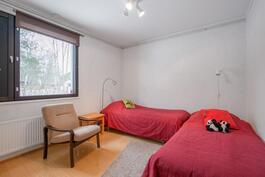 Makuuhuone 2 / Sovrum 2