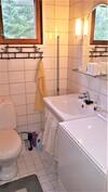 päärakennus kylpyhuone