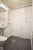 Pesuhuone remontoitu