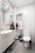 erillisessä wc:ssä lattialämmitys