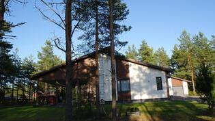 Julkisivukuvaa. Aninkainen.fi Rauma Merja Tuomola 0400 911 740