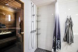 Remontoitu kylpyhuone/sauna