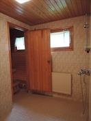 1995 rakennettu kylpyhuone
