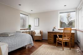 2. kerroksen makuuhuone