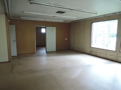 Verstasrakennuksen toimistotiloja