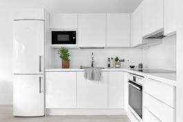 Laadukkaat AEG-kodinkoneet ja Puustellin keittiökaapit