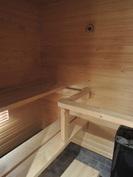 Oma sauna on siisti ja tilava