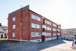 Talossa tehty isot remontit ja taloyhtiö omalla tontilla/ Stora renoveringar gjorda och egen tomt
