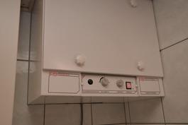 Lämmöntalteenotto ja koneellinen ilmanvaihtokoje on kylpyhuoneessa
