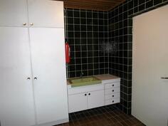Kylpyhuone, käynti ulos