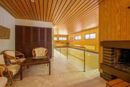 Sauna, allasosato / Bastu, Basängavdelning