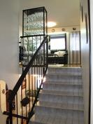 Keskikerroksen portaikko
