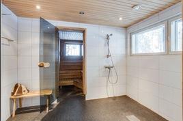 Pesuhuone alakerta