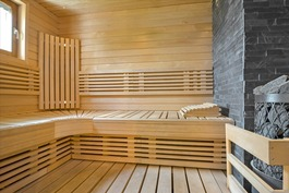 Tilava sauna perheelle