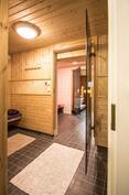 Isomman asunnon saunaosasto