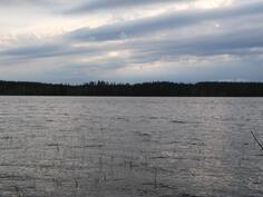 Iltakuvaa järvelle
