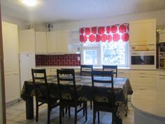 Asunto 2 keittiö