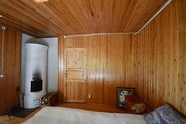 Talon makuuhuone 2