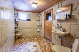Pesuhuone 2
