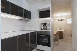 Saunaosaston keittiö