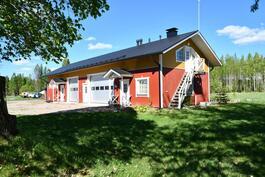Uusi konehalli / sauna