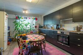 Yläkerran keittiö
