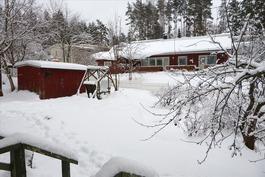 Luminen pihapiiri