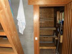 pukuhuoneesta saunaan