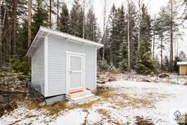 takapihalla kylmä varasto