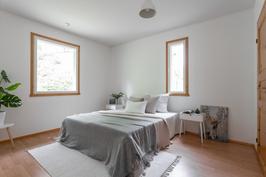 Toinen makuuhuone, jonka yhteydessä vaatehuone