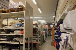 Myymälä - / hallitilat 4 m kork.tilaa