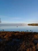 ... on matkaa n.5,5km ja isoimmassa, Sääksjärvessä, on esim. rantaviivaa n.80km!