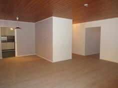 Myös sisätilojen seinäpinnat juuri uusittu kauniiksi ja mm. ...