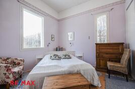 Makuuhuone 3, johon käynti olohuoneesta