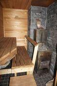 Oma puulämmitteinen sauna