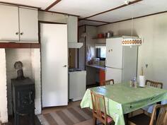 Olohuone ruokailutiloineen - Vardagsrum med utrymme för matbord