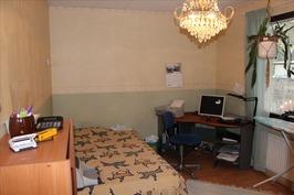 Makuuhuone 3 / työhuone