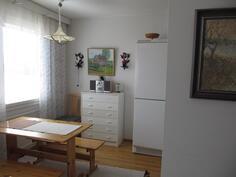Olohuone/keittiö