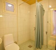 Yksiön kylpyhuone ja WC, keittiövalmius