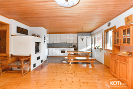 olonhuone ja keittiö