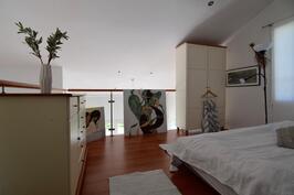 3 kpl makuuhuoneita + yläkerran makuutila parvella