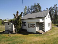 Julkisivu talosta