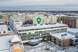 Ylimmän kerroksen koti / Hem på översta våning